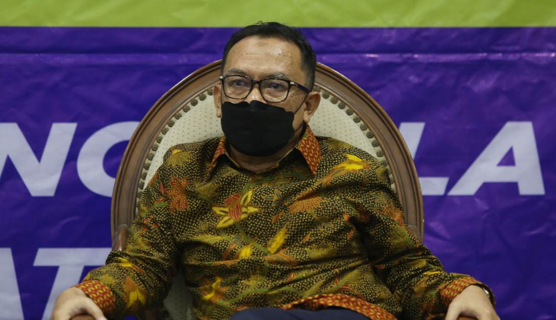 Guru Besar Fakultas Hukum Universitas Parahyangan Asep Warlan Yusuf Foto: Ricardo - JPNN.com