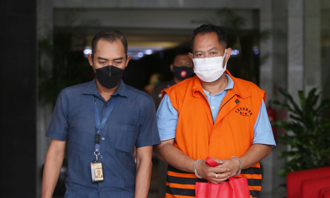 KPK Periksa Direktur PT Adonara Propertindo Tommy Adrian