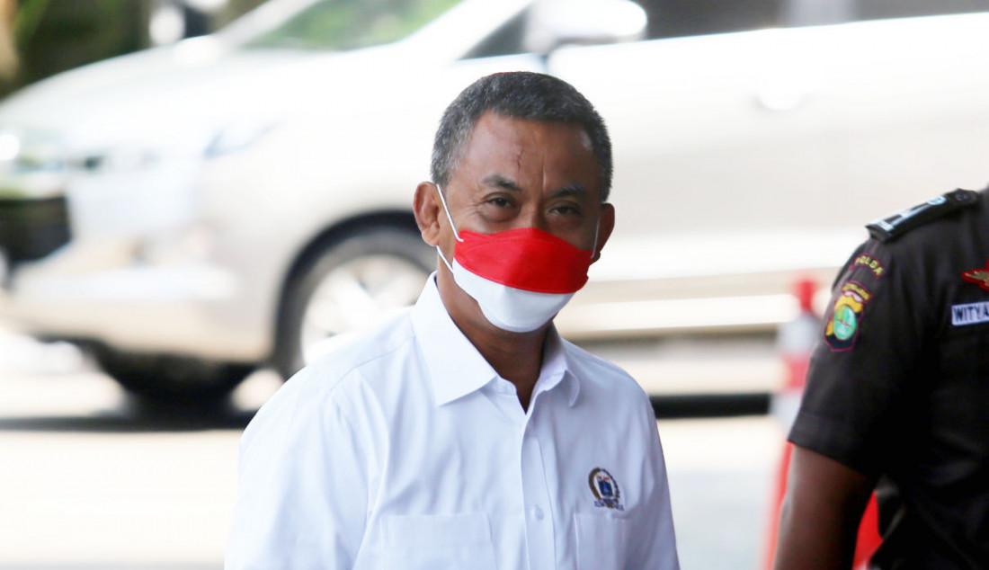 Ketua DPRD DKI Jakarta Prasetyo Edi Marsudi saat memenuhi panggilan KPK, Jakarta, Selasa (21/9). Foto: Ricardo - JPNN.com