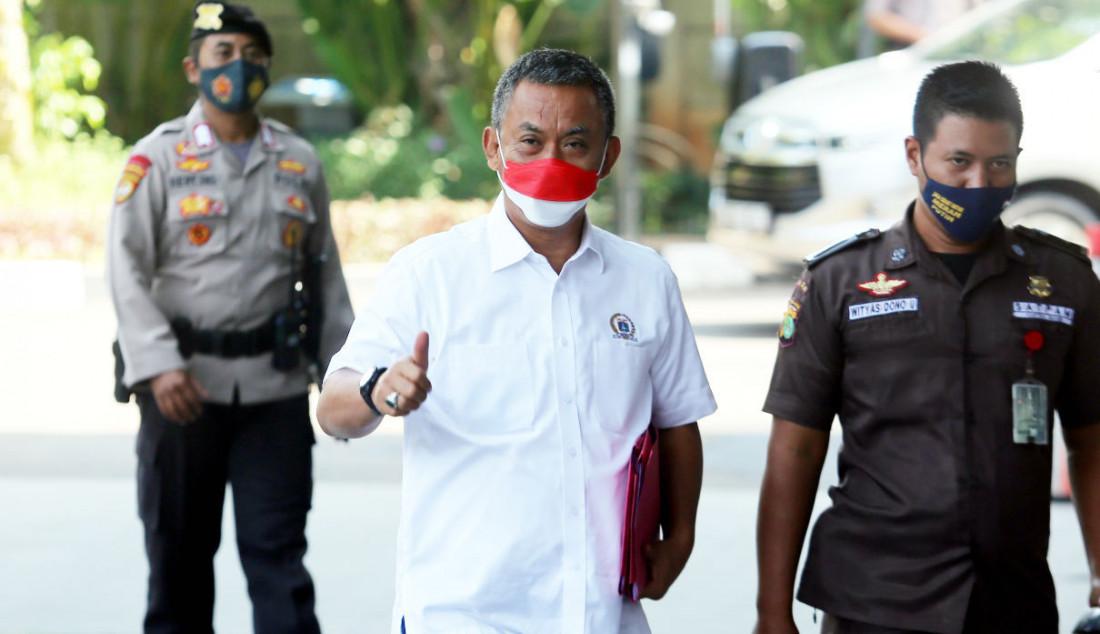 Ketua DPRD DKI Jakarta Prasetyo Edi Marsudi saat tiba di Gedung KPK, Jakarta, Selasa (21/9). Foto: Ricardo - JPNN.com
