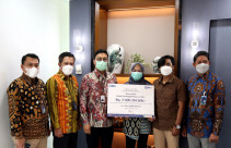 BRI Life Bayarkan Klaim Rp 2,3 Miliar - JPNN.com