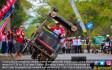 Tukang Becak Beraksi di Hari Kemerdekaan RI - JPNN.COM
