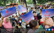 Puluhan Massa Demo Tolak Reklamasi - JPNN.COM