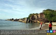 Keindahan Pantai Tanjung Tinggi - JPNN.COM