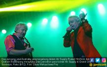 Air Supply Russel Hitchcok dan Graham Russelyang - JPNN.COM