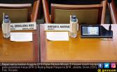 Papan Nama Miryam S Haryani Ikut Hadiri Pelantikan Ketua DPR - JPNN.COM