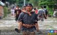 Banjir Melanda Kawasan Kota Tegal - JPNN.COM