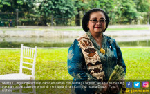 Cantiknya Ibu Siti Nurbaya dalam Balutan Kebaya - JPNN.COM