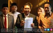 Fadli Zon Tanda Tangani Pansus Hak Angket TKA - JPNN.COM