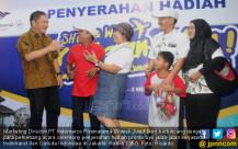 Indomaret Serahkan Hadiah Promo Ayo Jalan-Jalan - JPNN.COM