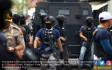 Densus 88 Gerebek Tiga Terduga Teroris di Tangerang - JPNN.COM