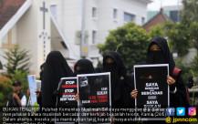 Komunitas Muslimah Soloraya Gelar Aksi Damai - JPNN.COM