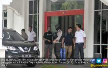 KPK Geledah Kantor Dispora Aceh - JPNN.COM