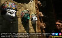 Pasar Topeng Kampung Budaya Polowijen - JPNN.COM