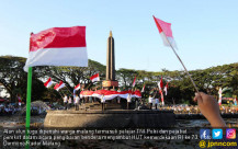 Warga Malang Sambut Hari Kemerdekaan - JPNN.COM