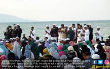 Pasca Bencana, Warga Palu Zikir Bersama - JPNN.COM