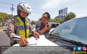 Parkir Sembarangan, Siap - siap Ditilang - JPNN.COM
