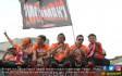 Pemain dan Official Persija Jakarta Rayakan Kemenangan - JPNN.COM
