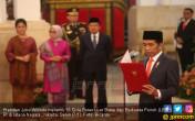Presiden Joko Widodo melantik 16 Duta Besar Luar Biasa dan Berkuasa Penuh (LBBP) RI - JPNN.COM