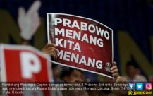 Pendukung Pasangan Capres-cawapres nomor urut 2 Prabowo Subianto-Sandiaga Uno - JPNN.COM