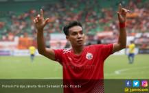 Pemain Persija Jakarta Novri Setiawan - JPNN.COM