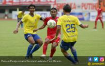 Pemain Persija Jakarta Ramdani Lestaluhu - JPNN.COM