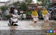 Diguyur Hujan, Jalan di Samarinda Tergenang - JPNN.COM