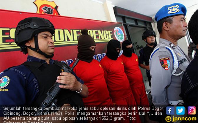 Polres Bogor Ringkus Oknum Pengoplos Sabu - JPNN.COM