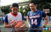 Sandiaga Uno Main Basket Bersama AHY - JPNN.COM
