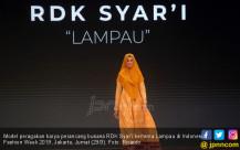 Perancang Busana RDK Syar'i Tampil di Indonesia Fashion Week 2019 - JPNN.COM