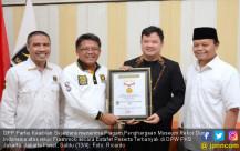 PKS Raih Penghargaan MURI - JPNN.COM