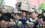 Ribuan Pemudik Menyeberang dari Batuampar - JPNN.COM