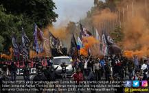 Ratusan Massa Gelar Aksi Solidaritas untuk PSPS - JPNN.COM
