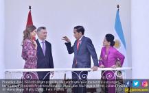 Jokowi Sambut Presiden Argentina Mauricio Macri - JPNN.COM