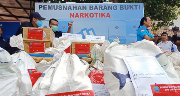 BNN Musnahkan Barang Bukti Narkoba - JPNN.com
