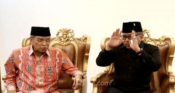 Sekjen PDIP Hasto Kristiyanto Berkunjung ke Pondok Pesantren Luhur Al Tsaqafah - JPNN.com