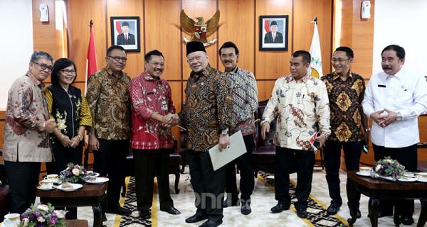 Ketua DPD Menerima Forsakada - JPNN.com