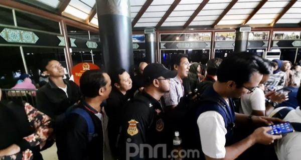 Terlantar Seharian, Penumpang Sriwijaya Akhirnya Dapatkan Kompensasi - JPNN.com