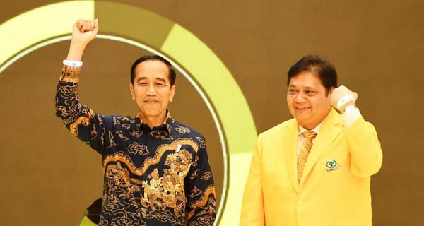 Jokowi Sanjung Airlangga di Depan Kader Golkar - JPNN.com