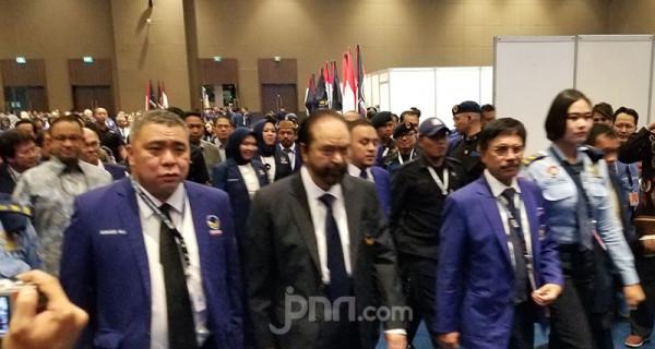 Hadiri Kongres Nasdem, Anies Baswedan Sumringah - JPNN.com