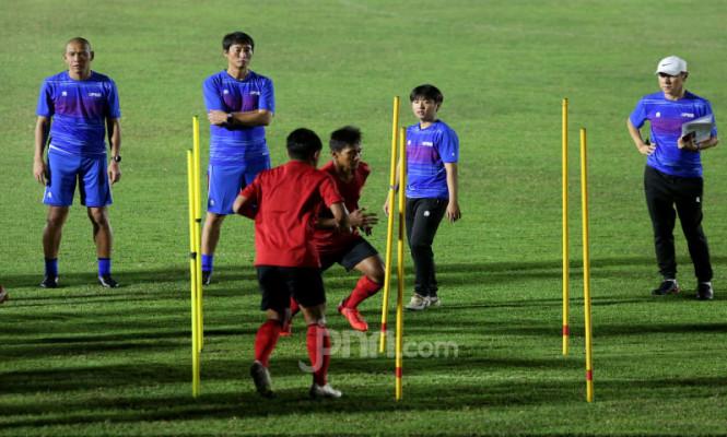 Latihan Perdana Timnas Indonesia