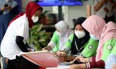 Pelatihan Seni Batik Betawi Untuk Penyandang Disabilitas - JPNN.com