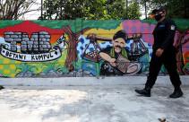 Lukisan Mural di Taman Betawi Ngumpul - JPNN.com