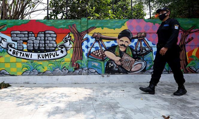 Lukisan Mural di Taman Betawi Ngumpul