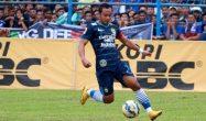 Hadapi Bhayangkara FC, Pelatih Persib Tetap Percaya Diri - JPNN.COM