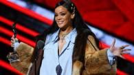 Rihanna Luncurkan Lingerie untuk Ibu Hamil di NYFW - JPNN.COM