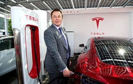 Ikut #DeleteFacebook, Elon Musk Hapus Akun Tesla di Facebook - JPNN.COM