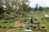 Warga Tolak Lahan Pemakaman Digusur untuk Sekolah - JPNN.COM