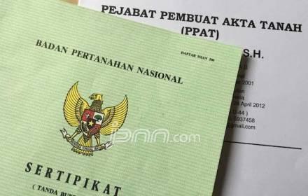 Jokowi Bagikan 3.500 Sertifikat Tanah untuk Warga Lampung - JPNN.COM
