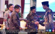 Bismillah, Pak Jokowi Dorong Indonesia Jadi Pusat Keuangan Syariah Dunia - JPNN.COM